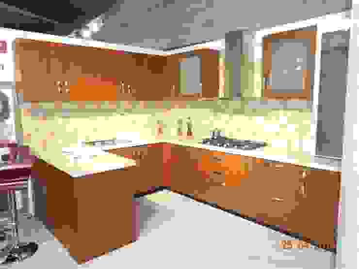 aashita modular kitchen Cuisine méditerranéenne Contreplaqué Effet bois