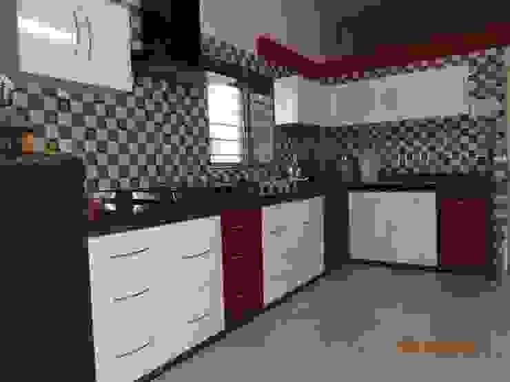 Modern Kitchen by aashita modular kitchen Modern