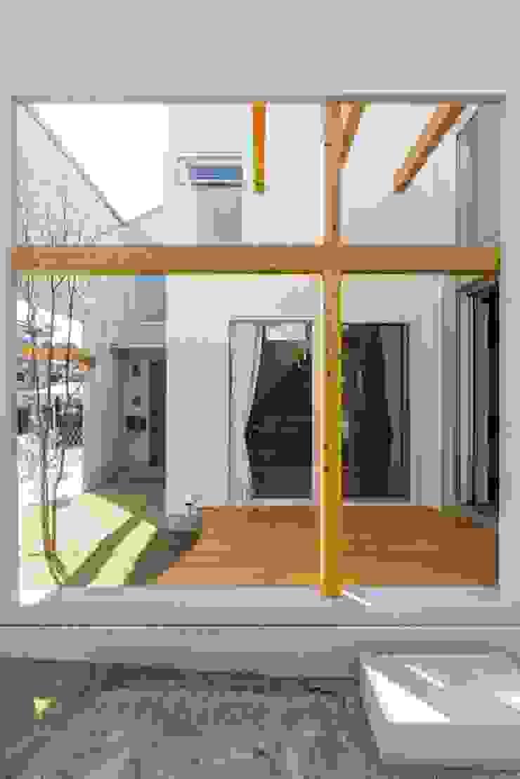 ALTS DESIGN OFFICE Casas de estilo rústico Madera Acabado en madera