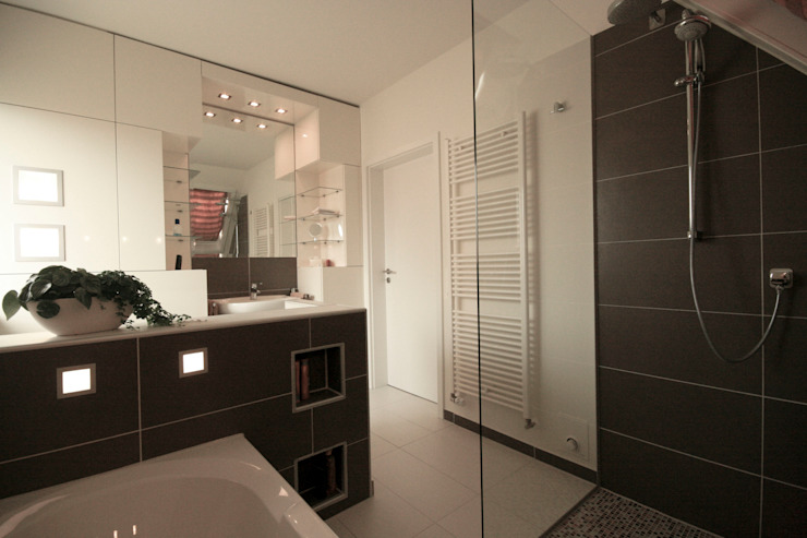 Modern bathroom by Höltkemeier InnenArchitektur Modern