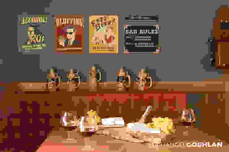 Bar Bodegas de vino de estilo moderno de MARIANGEL COGHLAN Moderno
