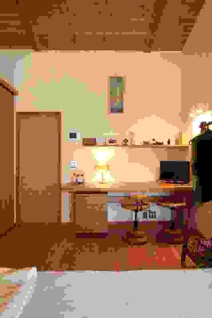 藤松建築設計室 СпальняШафи і шафи