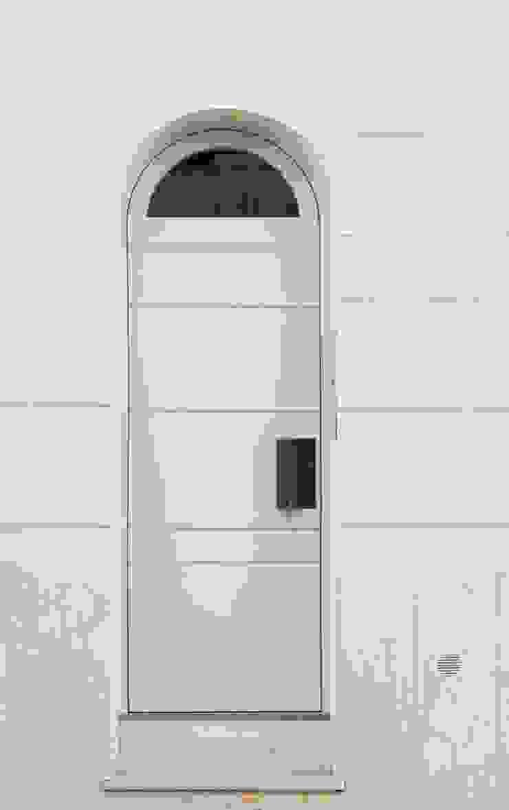 studioSAL_14 Вікна & Дверi Двері Дерево