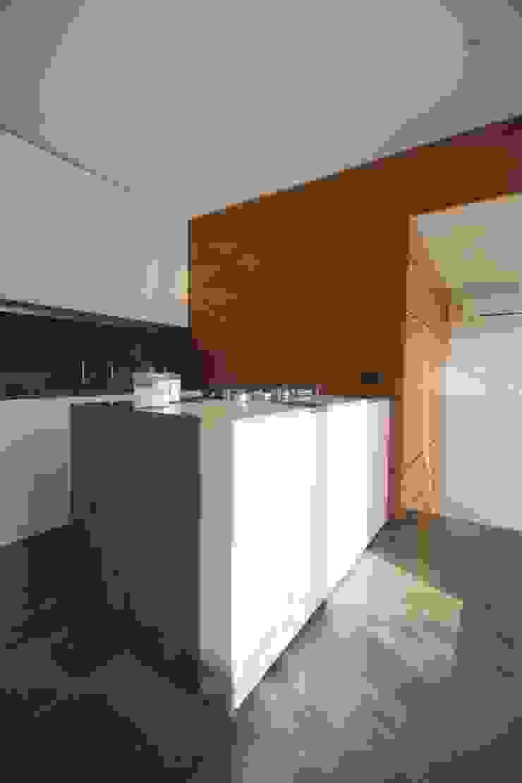 studioSAL_14 Minimalist kitchen Marble