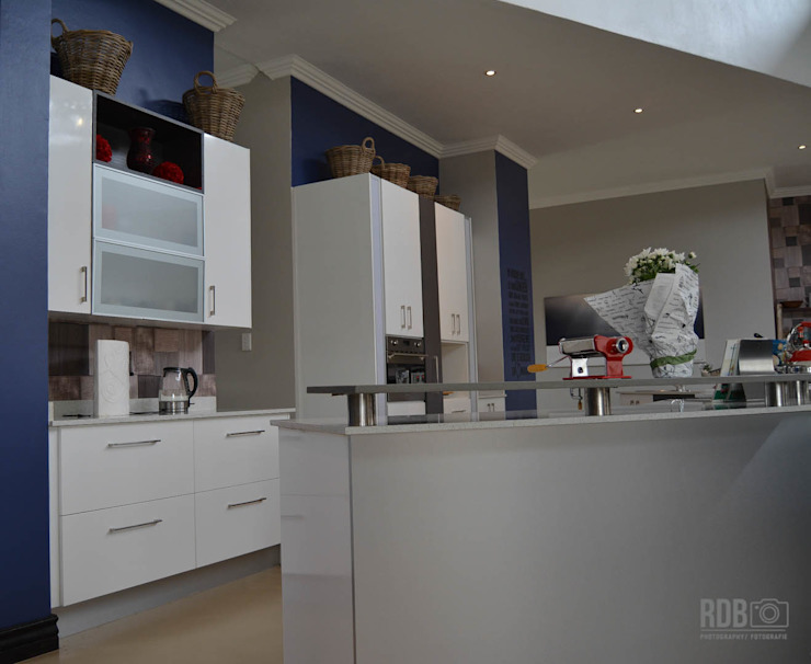 Mr & Mrs Harper Kitchen project Modern kitchen by Ergo Designer Kitchens and Cabinetry Modern MDF