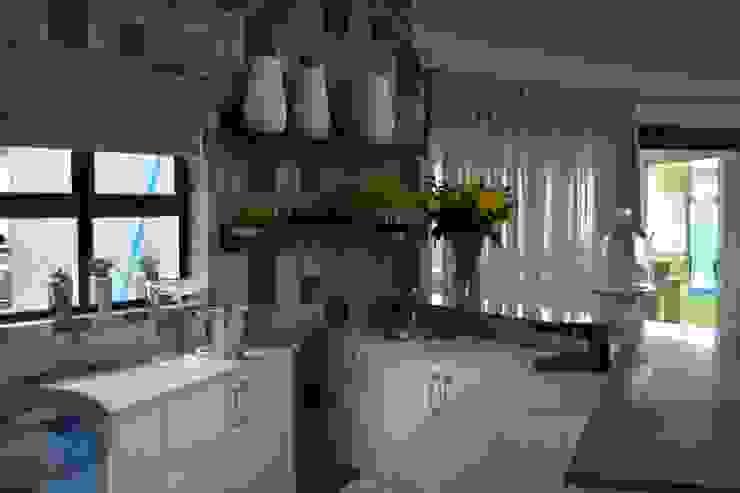 Mr & Mrs Harper Bar Area by Ergo Designer Kitchens and Cabinetry Modern MDF