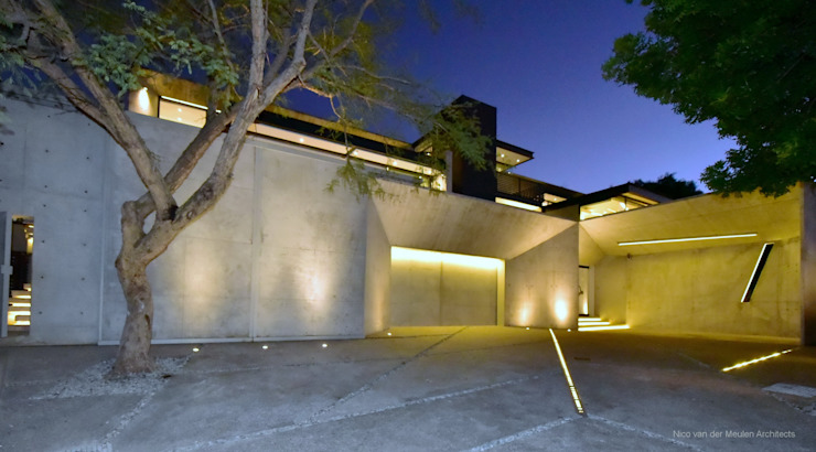 Concrete House Modern home by Nico Van Der Meulen Architects Modern Concrete