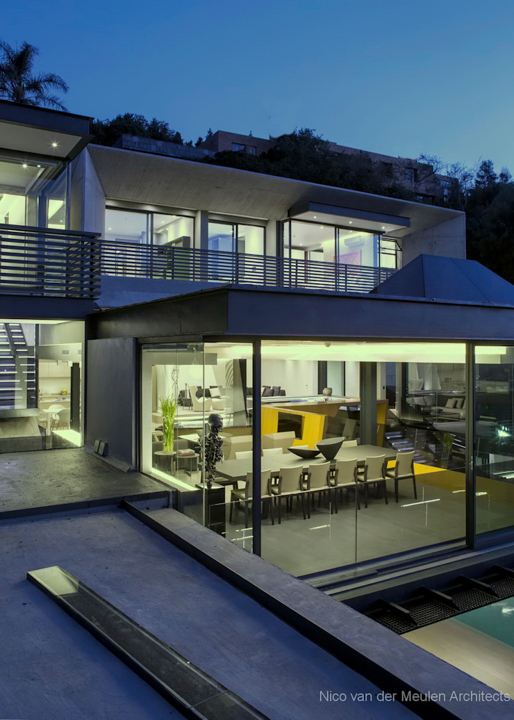 Concrete House Modern home by Nico Van Der Meulen Architects Modern