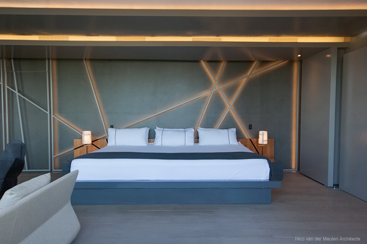 Concrete House Modern style bedroom by Nico Van Der Meulen Architects Modern