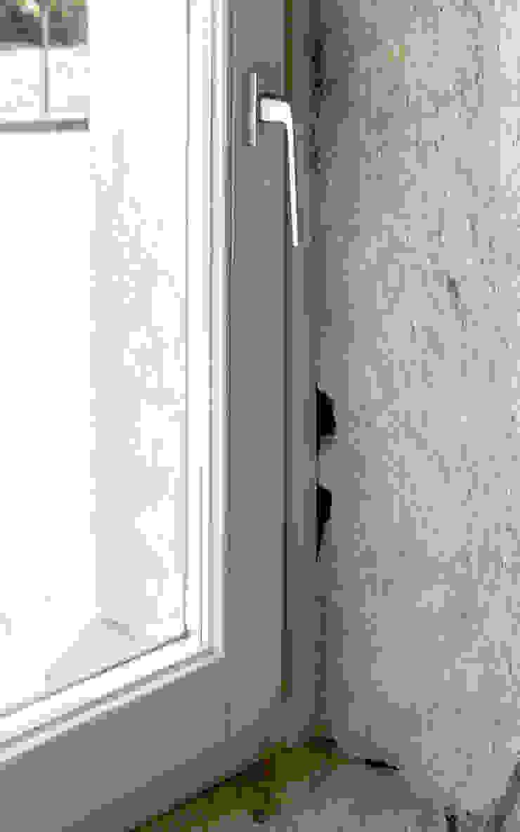 MORO SAS DI GIANNI MORO Classic windows & doors Wood White