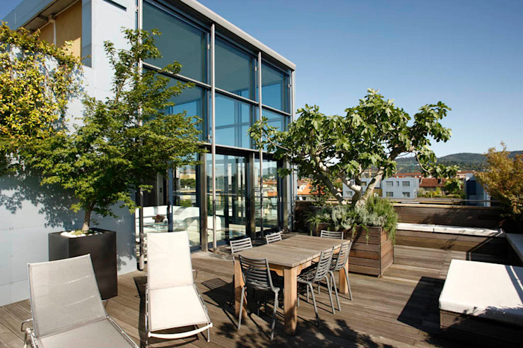 Modern style balcony, porch & terrace by Studio Fabio Fantolino Modern