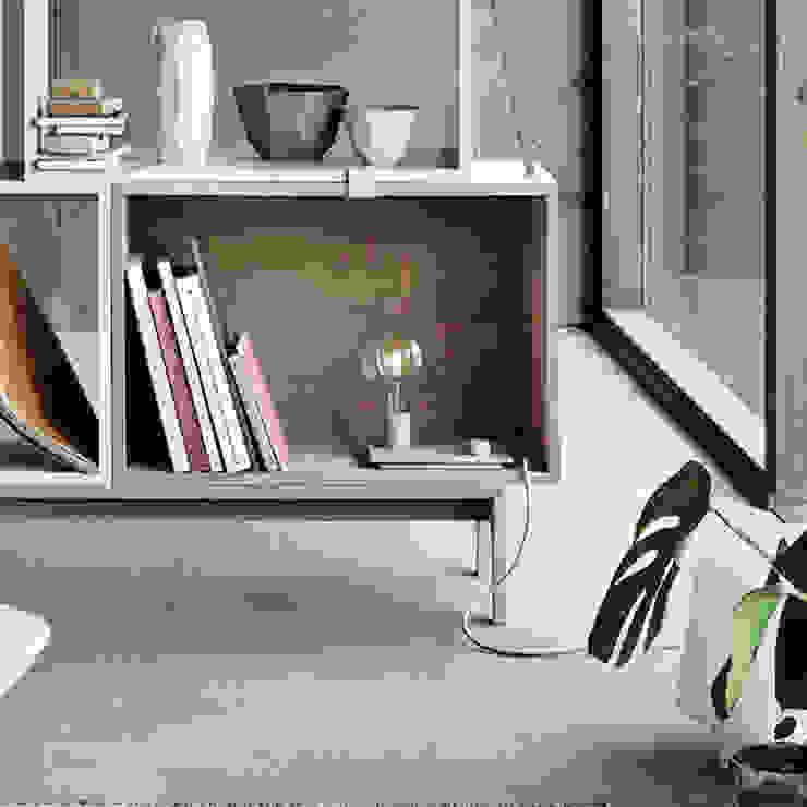 Lampada Control by Muuto MOHD - Mollura Home and Design Soggiorno moderno