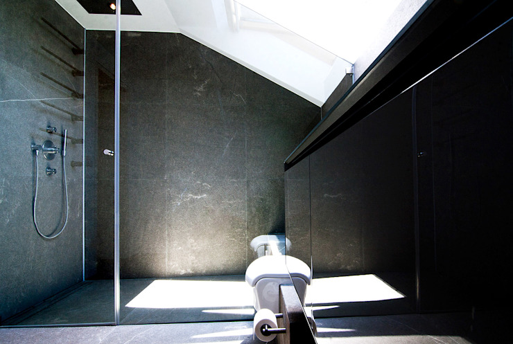 Bathroom by WSM ARCHITEKTEN,