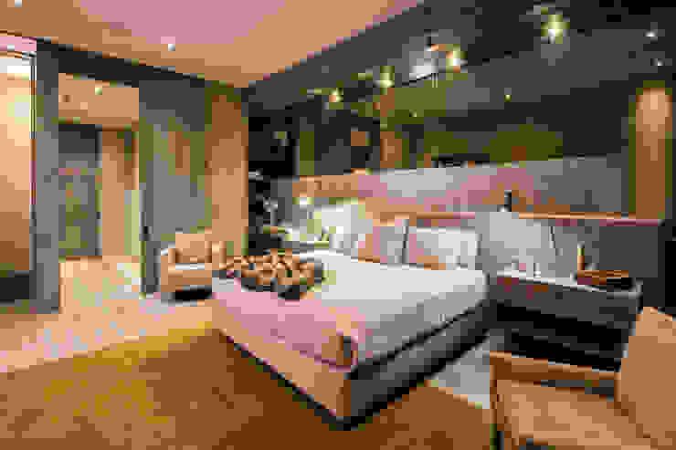 Línea Vertical Modern style bedroom