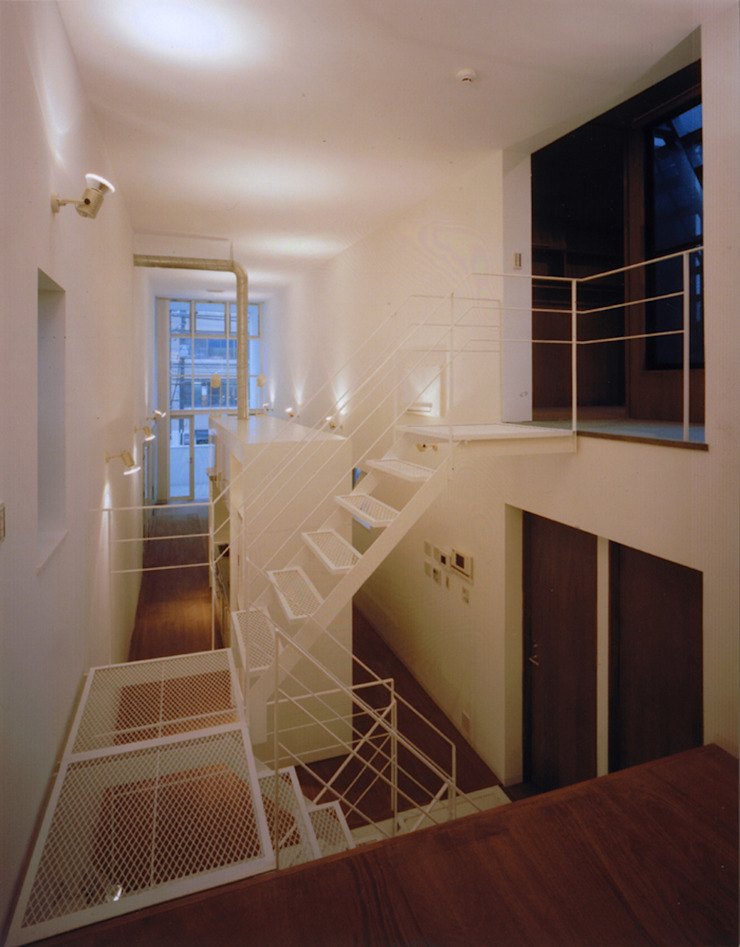 星設計室 Modern Corridor, Hallway and Staircase