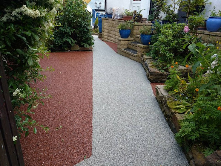 Alternative surface to concrete, tarmac, imprinted concrete. Permeable Paving Solutions UK Classic style garden Stone Red