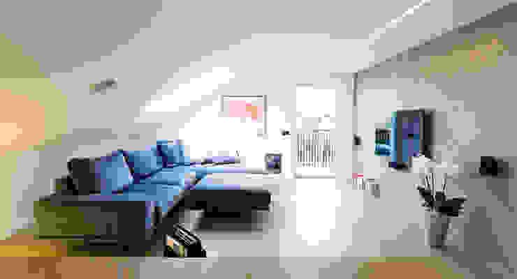 home L Soggiorno moderno di Lemayr Thomas Moderno Legno Effetto legno
