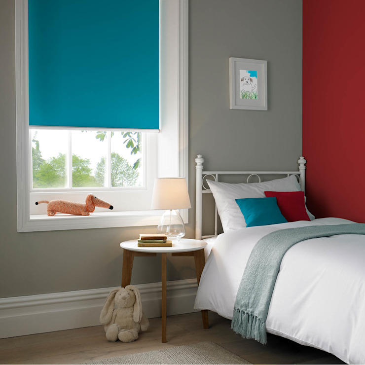 Kingfisher Roller Blind Modern style bedroom by Appeal Home Shading Modern