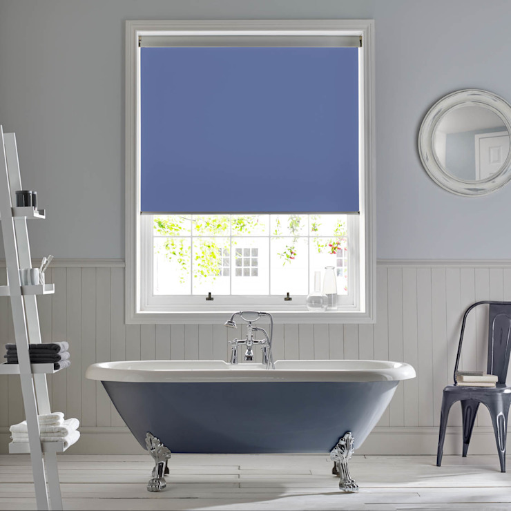 Palette Marina Roller Blind Baños de estilo moderno de Appeal Home Shading Moderno