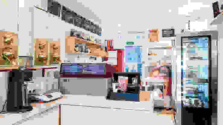 El Rojito Cafe Minimalistische Gastronomie von Richterei Minimalistisch