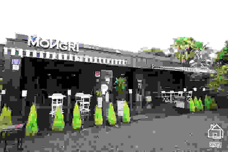 CAFE 'MONGNI MONGRI' 인더스트리얼 주택 by 디자인팩토리 인더스트리얼
