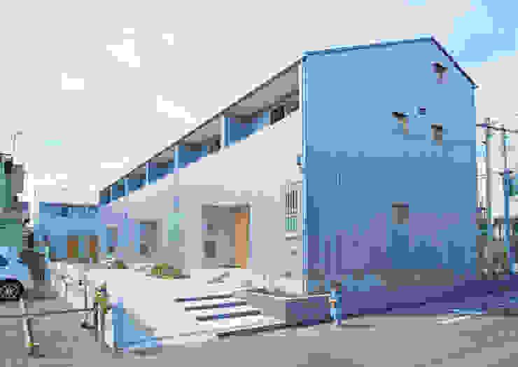 子育てテラスハウス KONKO2•3 一級建築士事務所あとりえ オリジナルな 家
