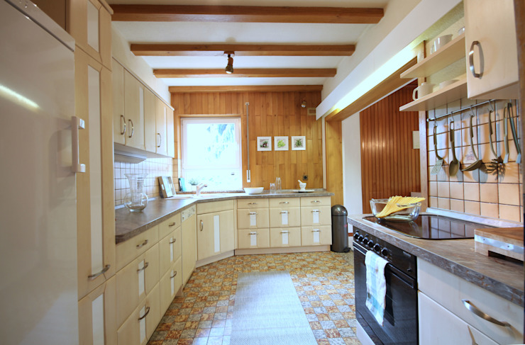 Birgit Hahn Home Staging Kitchen Beige