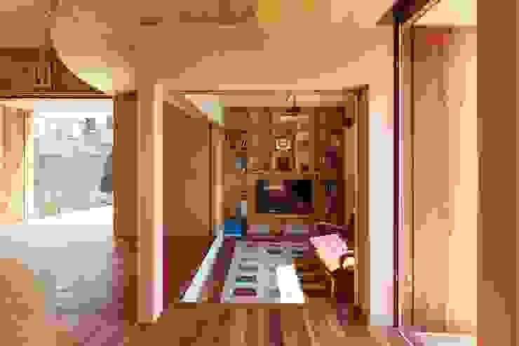 Living room by 藤原・室 建築設計事務所, Scandinavian