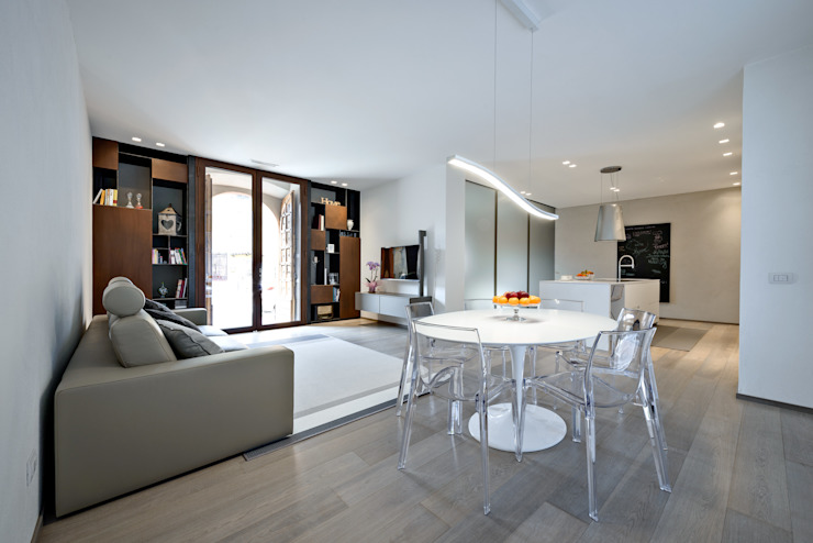 VILLE IN BIOEDILIZIA Living roomStools & chairs White