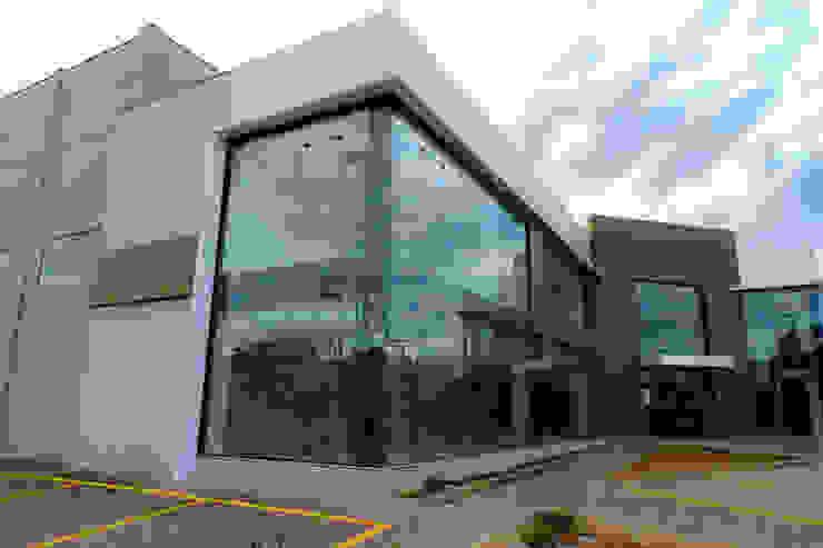 Cecyn Arquitetura + Design Locaux commerciaux & Magasin modernes Béton Effet bois