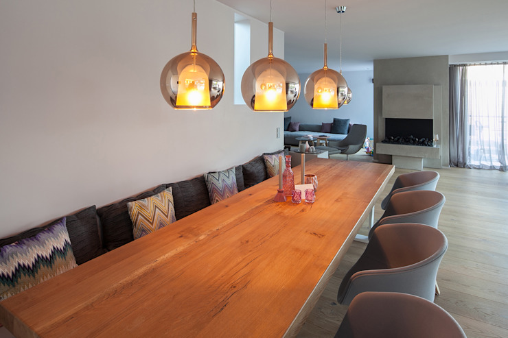 Modern dining room by BESPOKE GmbH // Interior Design & Production Modern