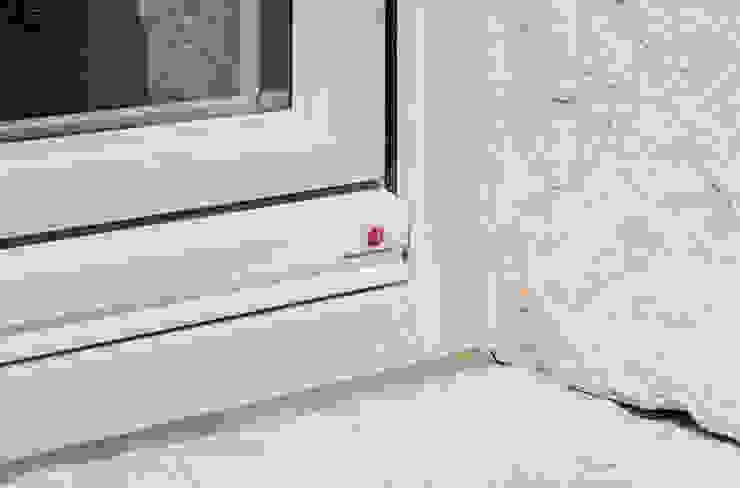 Progetto MORO SAS DI GIANNI MORO Modern windows & doors