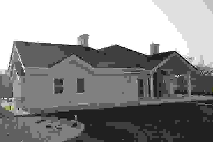 Rezydencja Parkowa Modern houses by MG Projekt Projekty Domów Modern