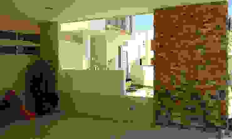 Remodelación Casa Coto 9 Balcones y terrazas modernos de Grupo Deyco Moderno