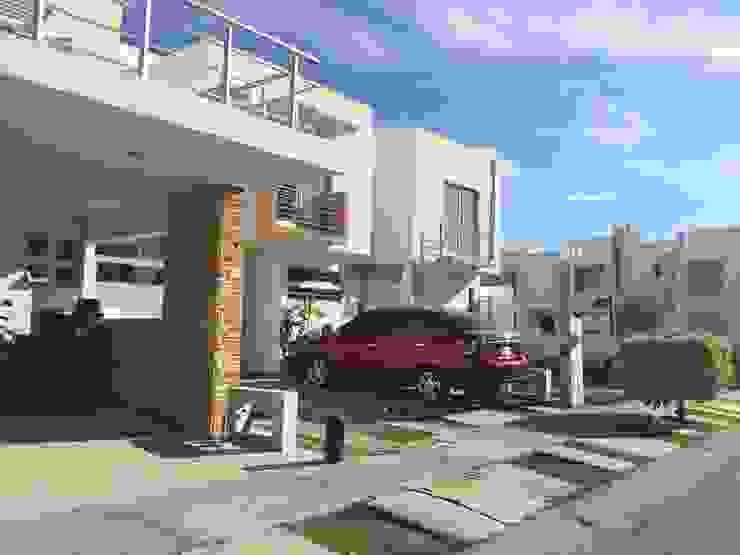Remodelación Casa Coto 9 Casas modernas de Grupo Deyco Moderno