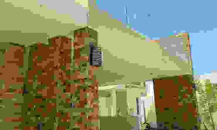 Remodelación Casa Coto 9 Balcones y terrazas de estilo moderno de Grupo Deyco Moderno