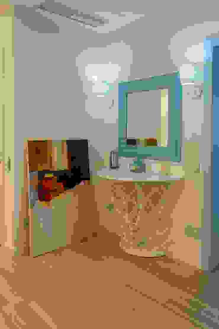 Bellarte interior studio Scandinavian style corridor, hallway& stairs