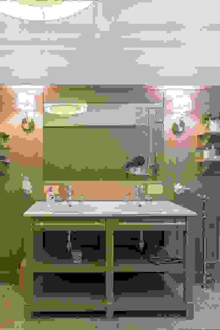 Bellarte interior studio Mediterranean style bathroom