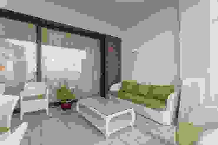 Bellarte interior studio Balcon, Veranda & Terrasse méditerranéens