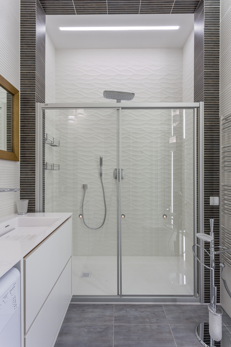 Bellarte interior studio Modern bathroom