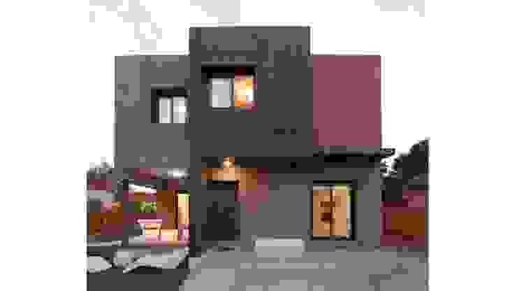 Casas inHAUS Hiên, sân thượng phong cách tối giản Gỗ