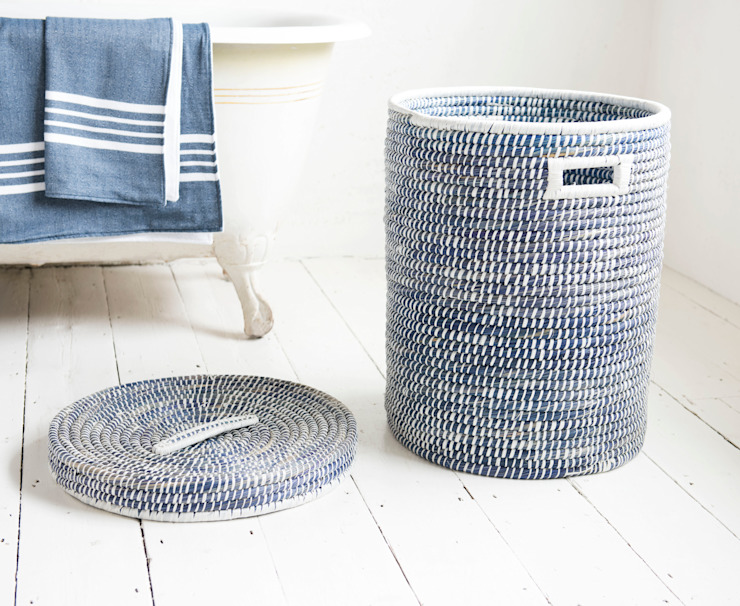 First Dibs laundry basket van homify Scandinavisch Houtcomposiet