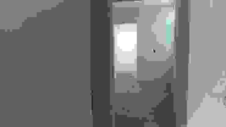 ACCESO A RECAMARA Dormitorios modernos de GNG ARQUITECTURA Y DISEÑO Moderno Ladrillos
