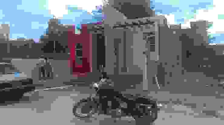 VISTA DE FACHADA Casas modernas de GNG ARQUITECTURA Y DISEÑO Moderno Ladrillos