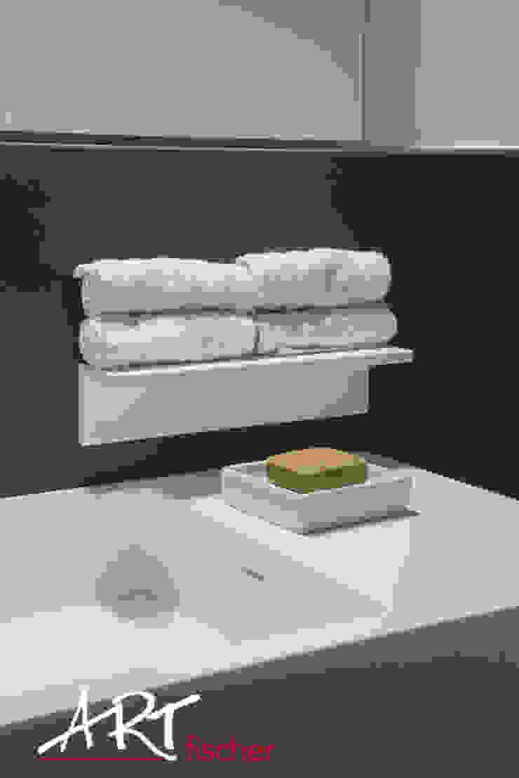 모던스타일 욕실 by ARTfischer Die Möbelmanufaktur. 모던