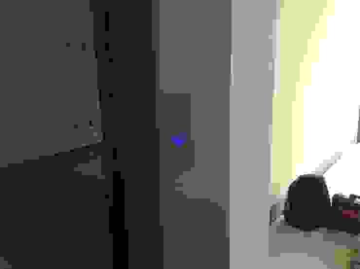 Residencia CB675 Dormitorios modernos de Domótica y Automatización Integral Moderno