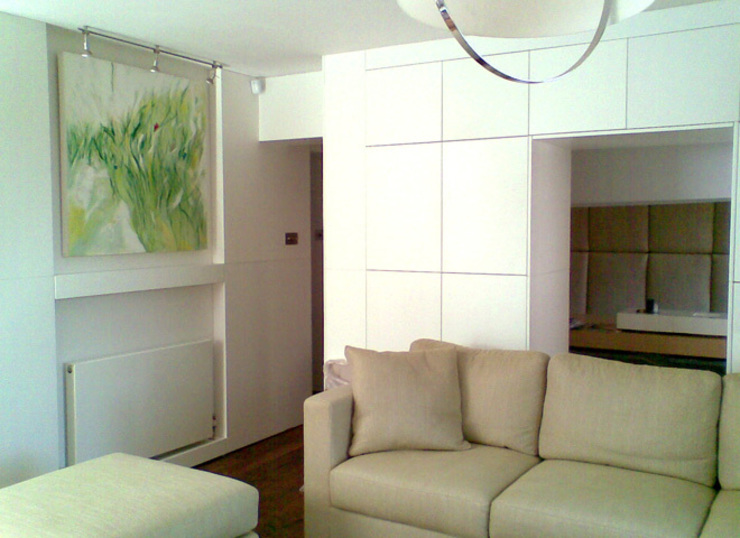ON-SITE DEVELOPMENT I BESPOKE LUXURY STORAGE I BESPOKE UPHOLSTERY Modern living room by Anna Hansson Design Modern