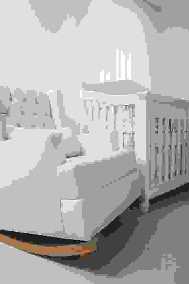 Dormitorios infantiles modernos de Monica Saravia Moderno