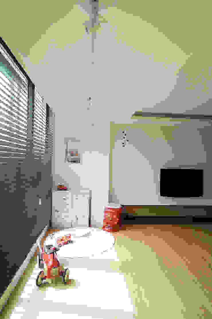 Modern living room by 드리머 Modern