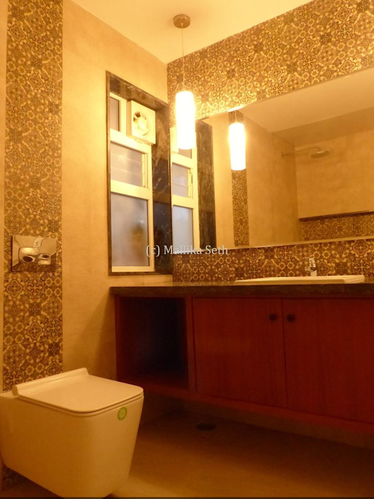 Interiors for a Villa at Ferns Paradise, Bangalore Industrial style bathroom by Mallika Seth Industrial